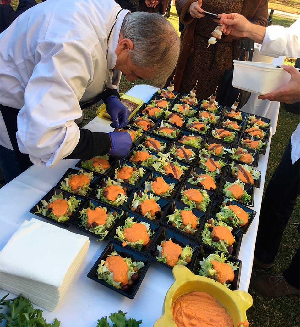 Durant l'acte de presentació de la Ruta del Xató es van poder degustar les diferents varietats de xató existents al Gran Penedès.